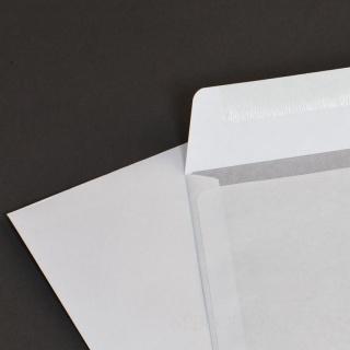 Белый офсет, 90 гр/м2, Прямой клапан, Декстрин, С окном, Повышенной плотности 45х90 мм справа внизу